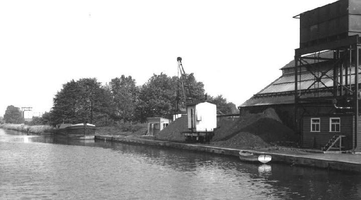 Cadbury's Quay, north end coal berth