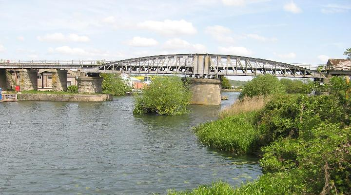 High level swing bridge facing north
