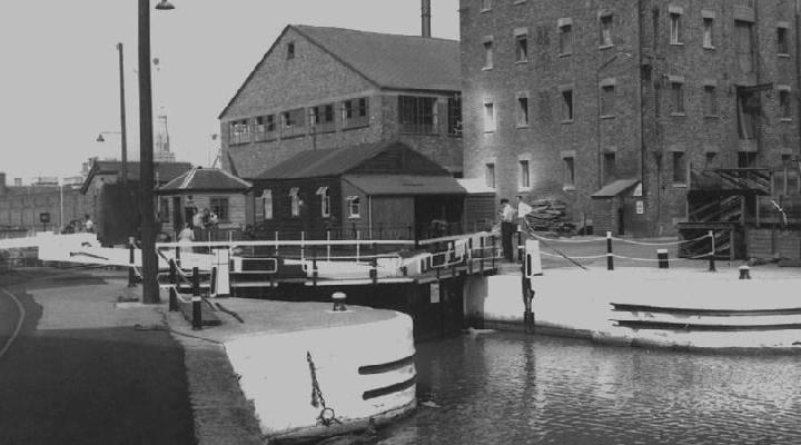 Lock from Gloucester Dock to the River Severn and canals